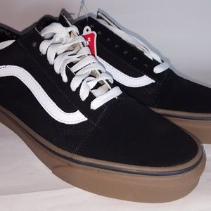 Vans Shoes New In Box Size  7 Men, 8.5 Woman